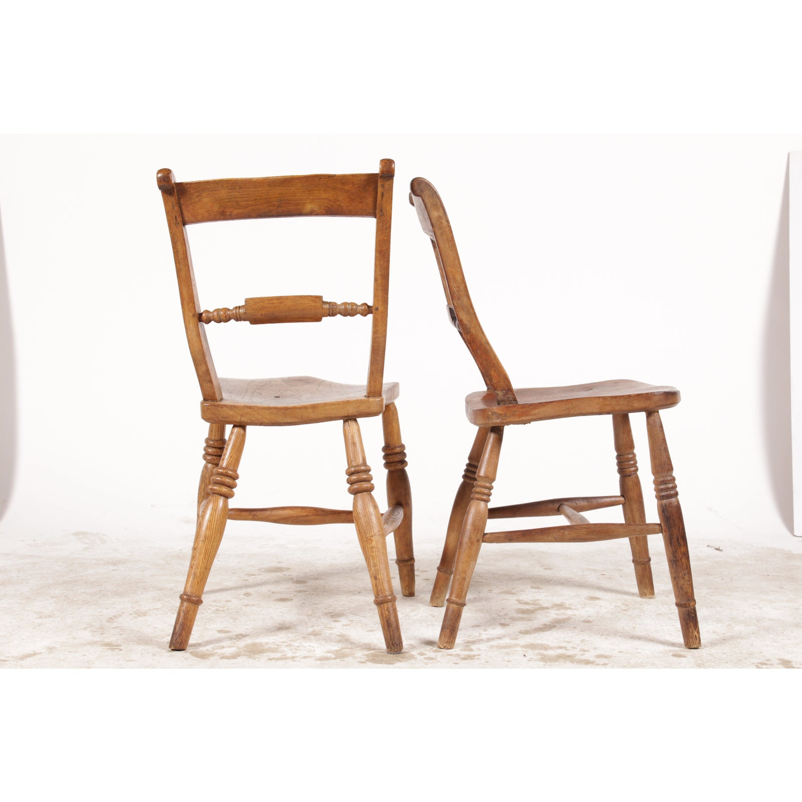 lovely antique hitchcock style dining chairs set of 4 ebay. Black Bedroom Furniture Sets. Home Design Ideas