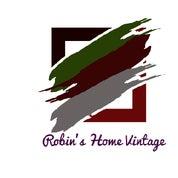 Image of Robin Y.