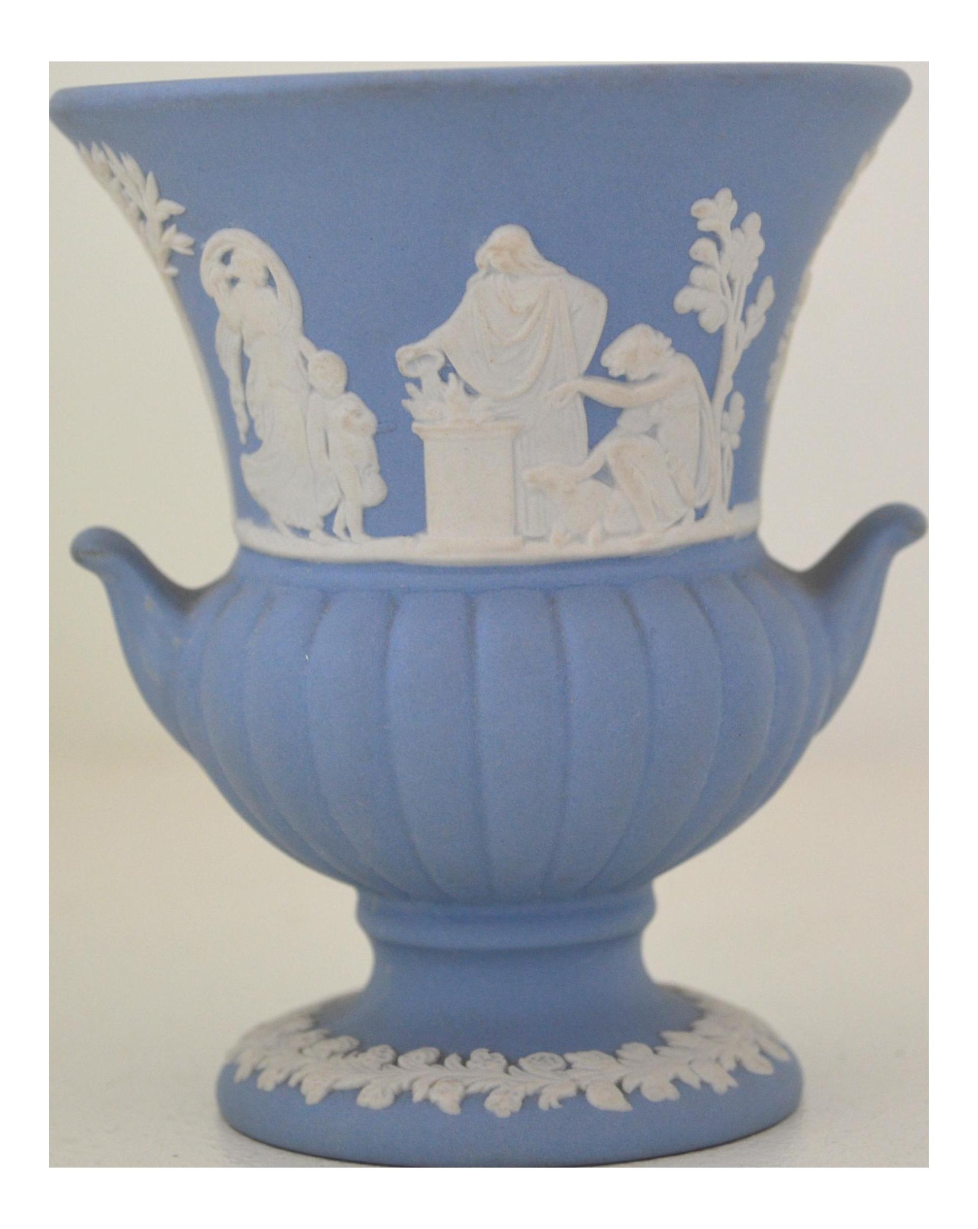 Antique Wedgwood Jasperware Blue & White Urn Vase England ...