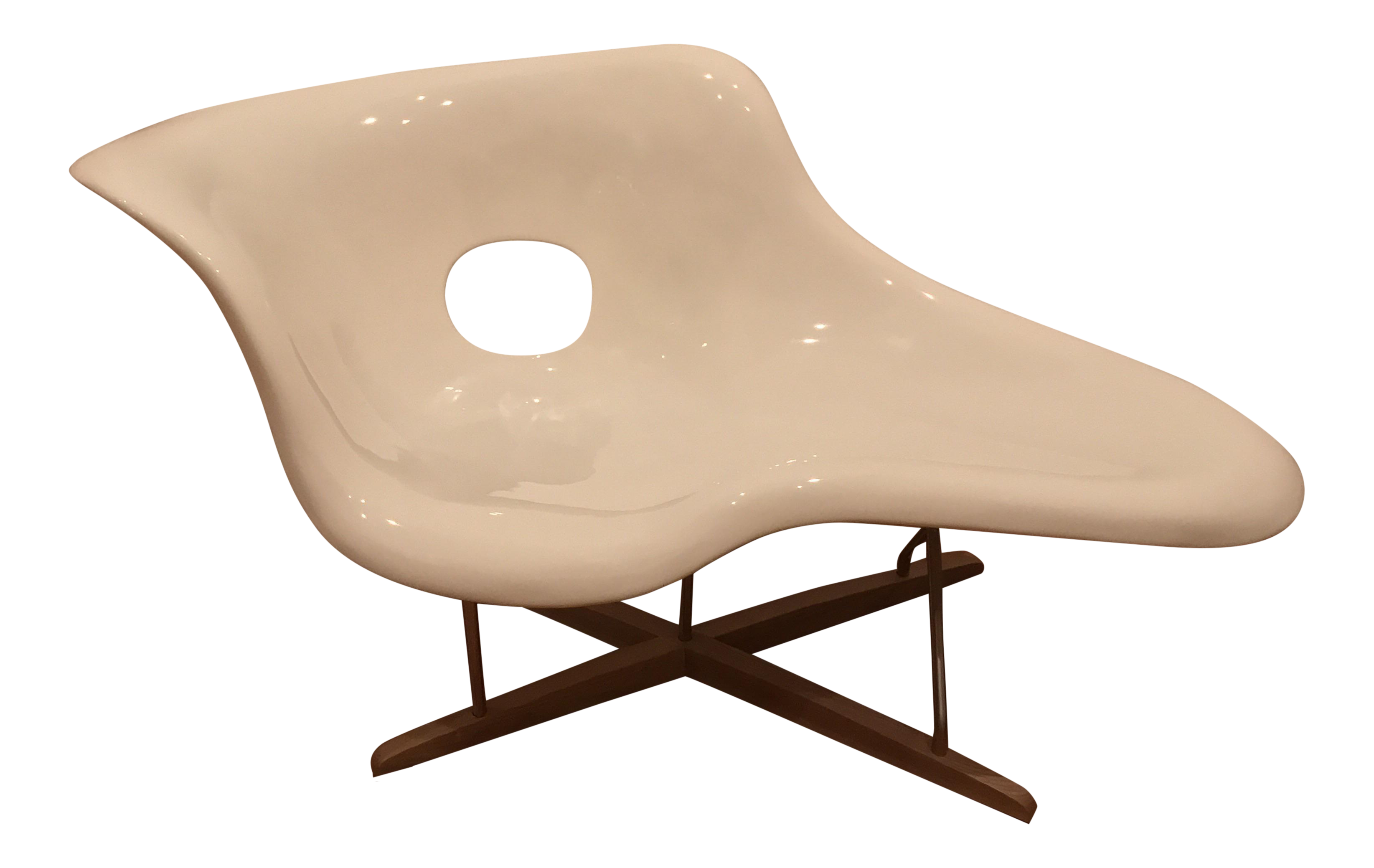Eames la chaise white lounge chair chairish for 4 chaises eames