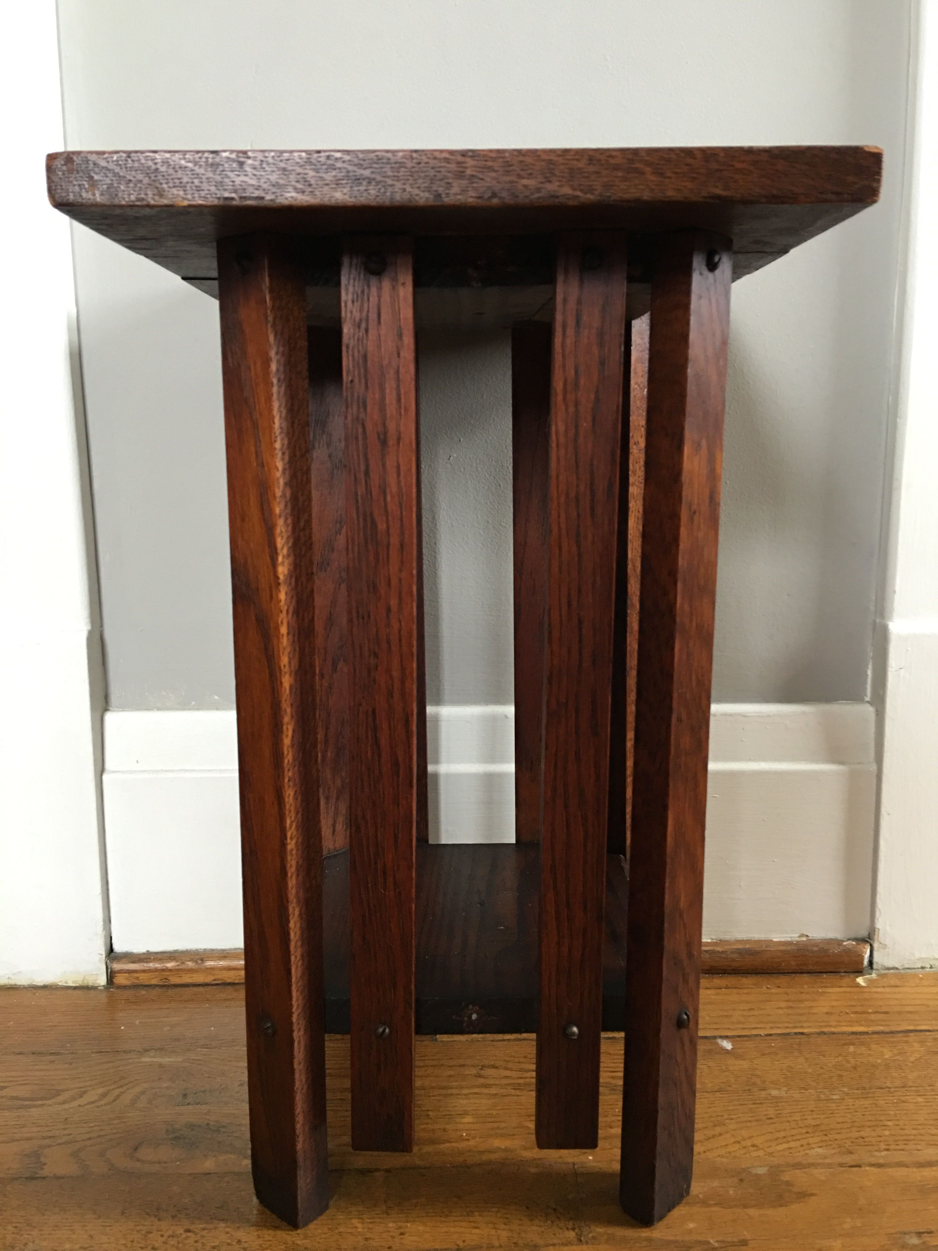 Antique arts and crafts furniture - Image Of Antique Arts Crafts Mission Oak Plant Stand Side Table