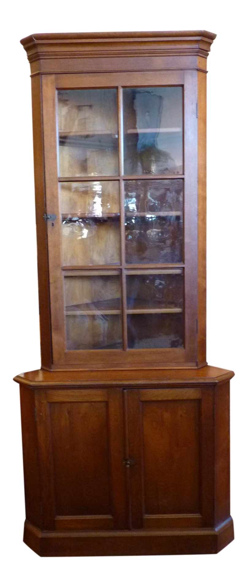 Early american corner cabinet chairish for Early american kitchen cabinets