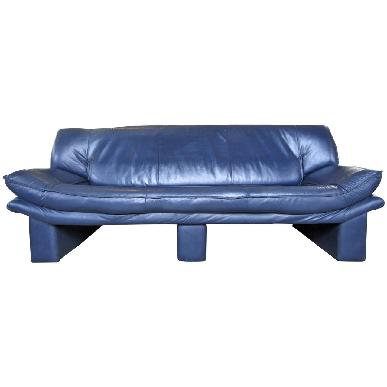 navy blue leather sofa by nicoletti salotti chairish. Black Bedroom Furniture Sets. Home Design Ideas