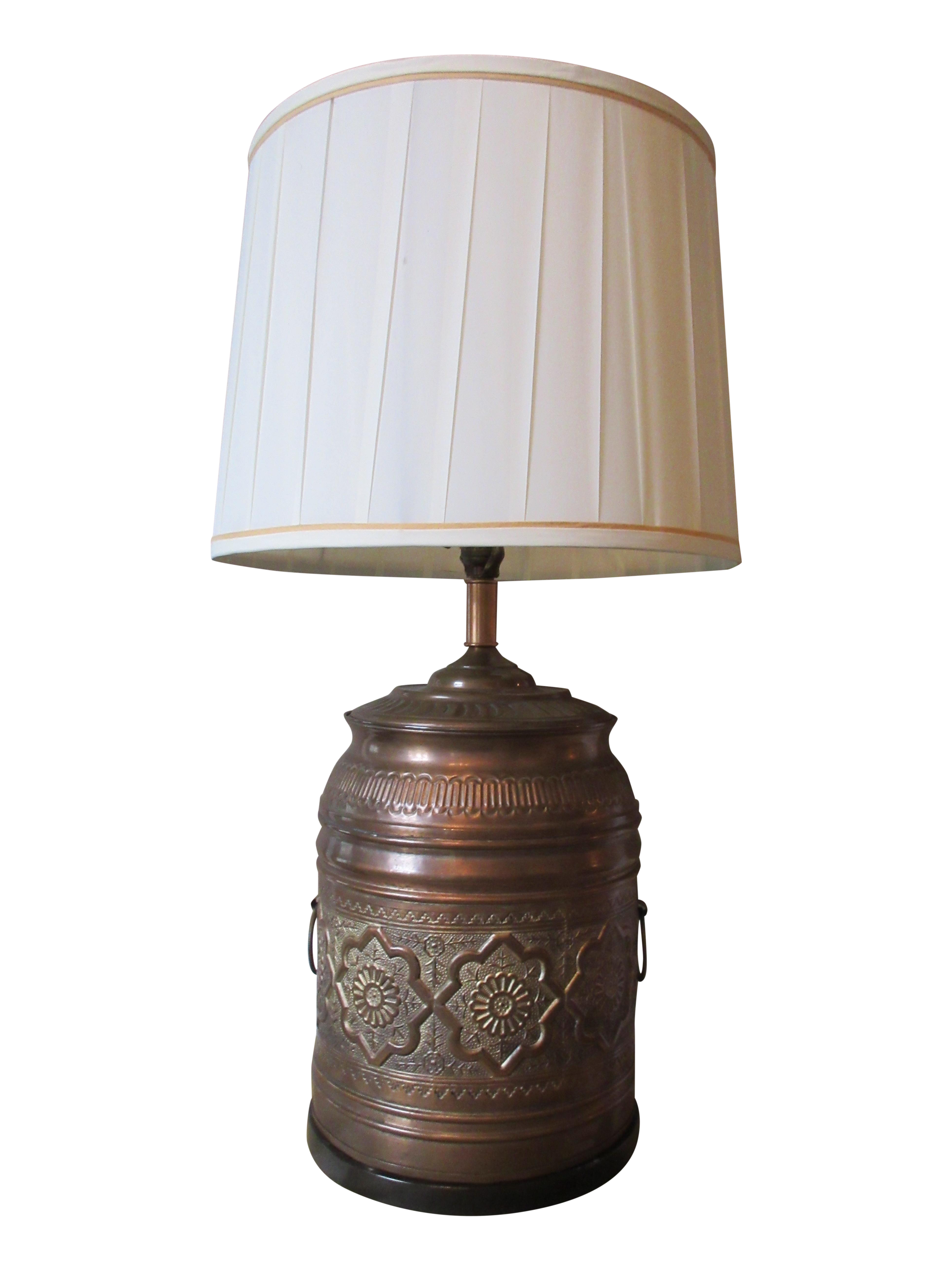 Table lamp vintage style - Image Of Vintage Moroccan Style Brass Table Lamp