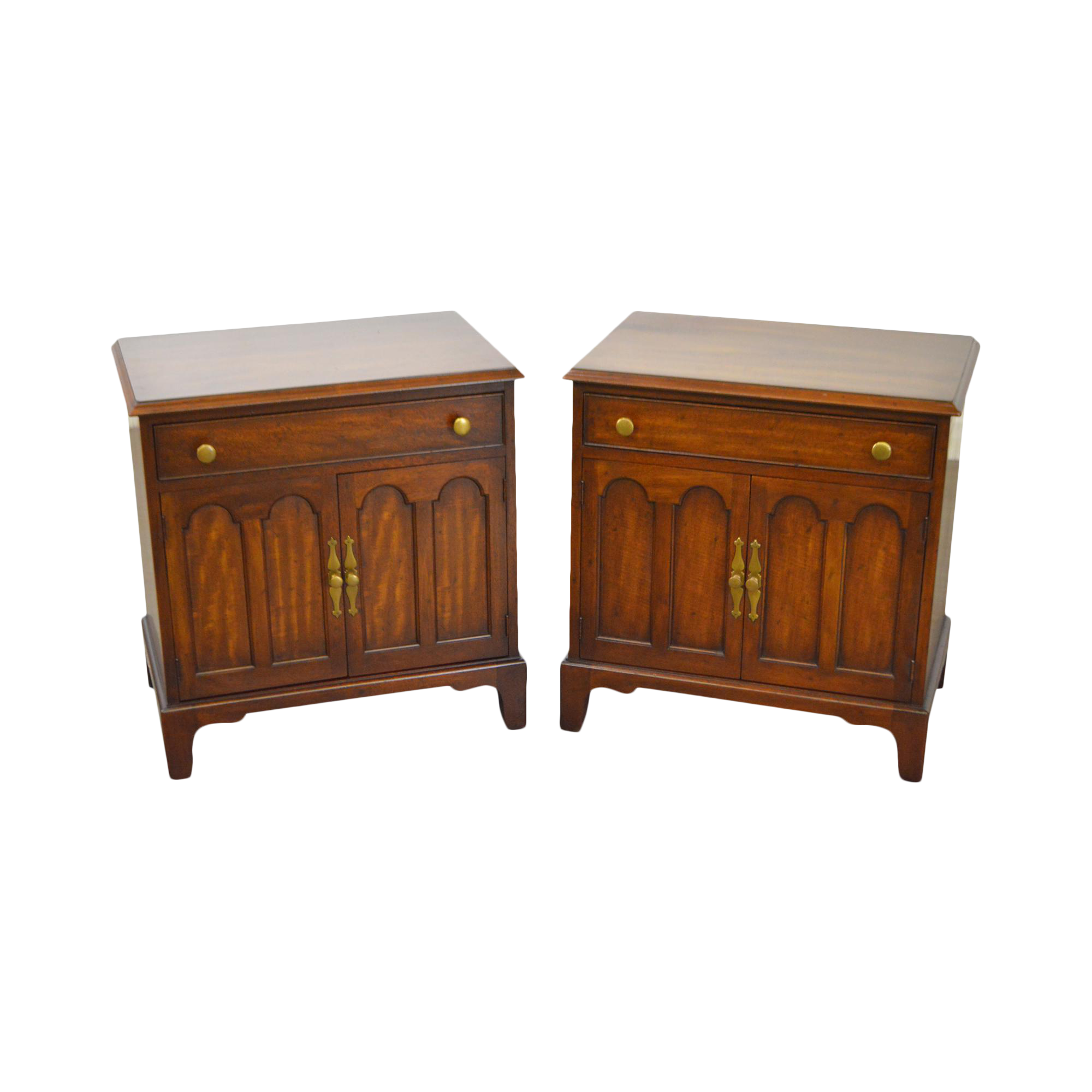 Morgantown tidewater collection mahogany nightstands a for Table 9 morgantown