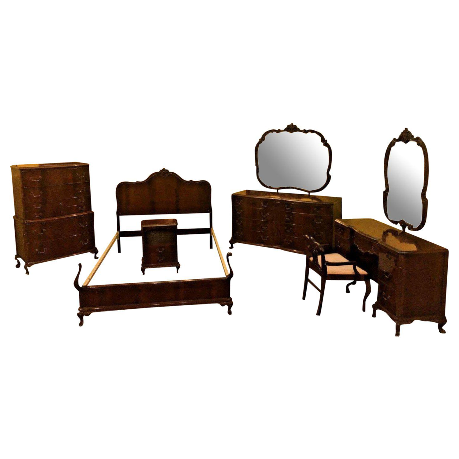 Bedroom Vanities For Less Antique 1930 S Colonial Revival Flame Mahogany Bedroom Set