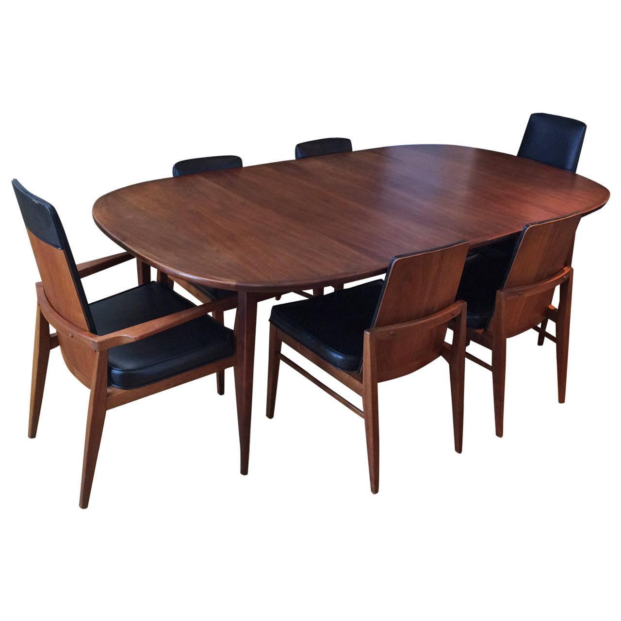 Mid Century Modern Dining Set: Mid-Century Modern Walnut Dining Set
