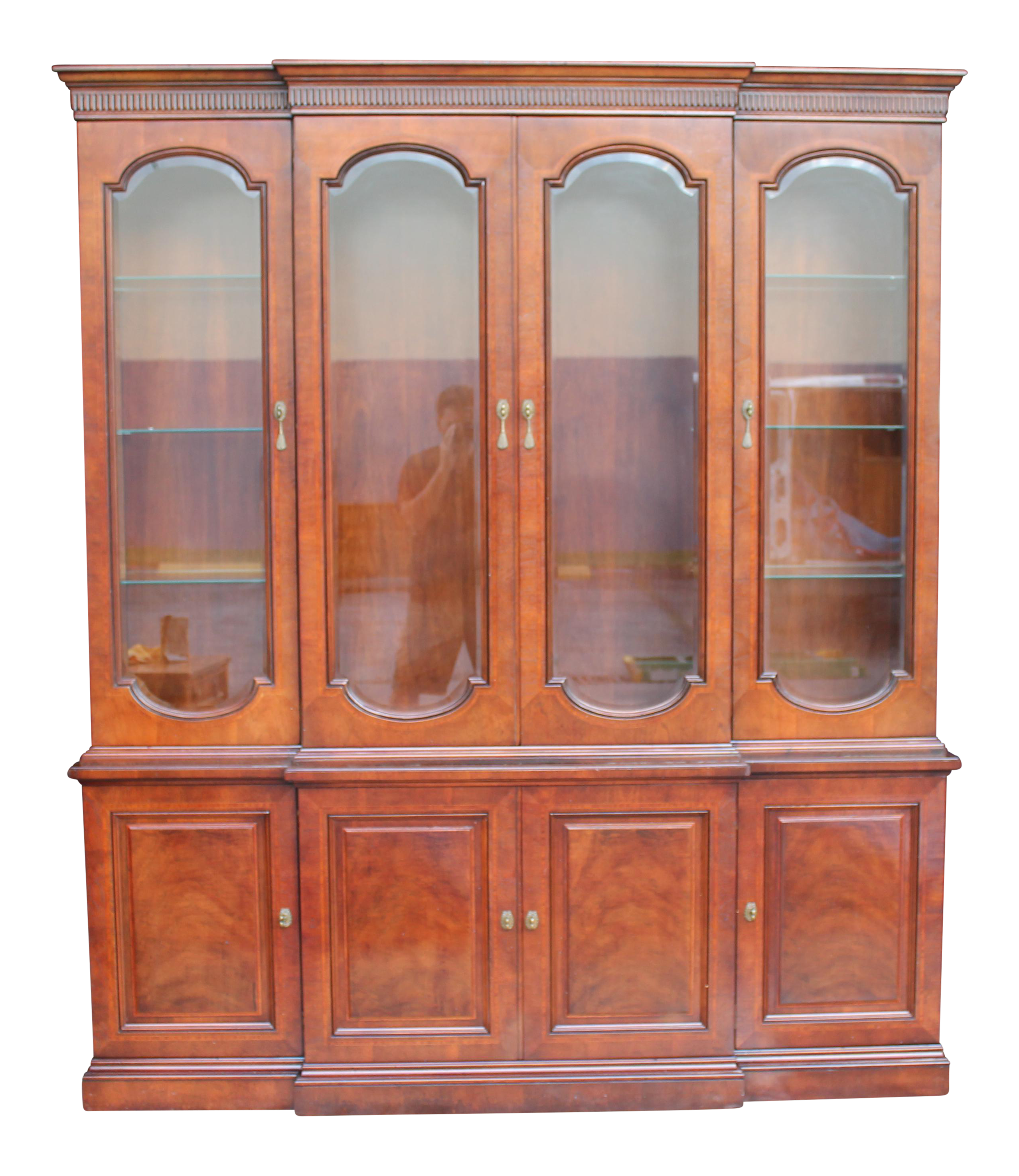 mid-century henredon china cabinet | chairish