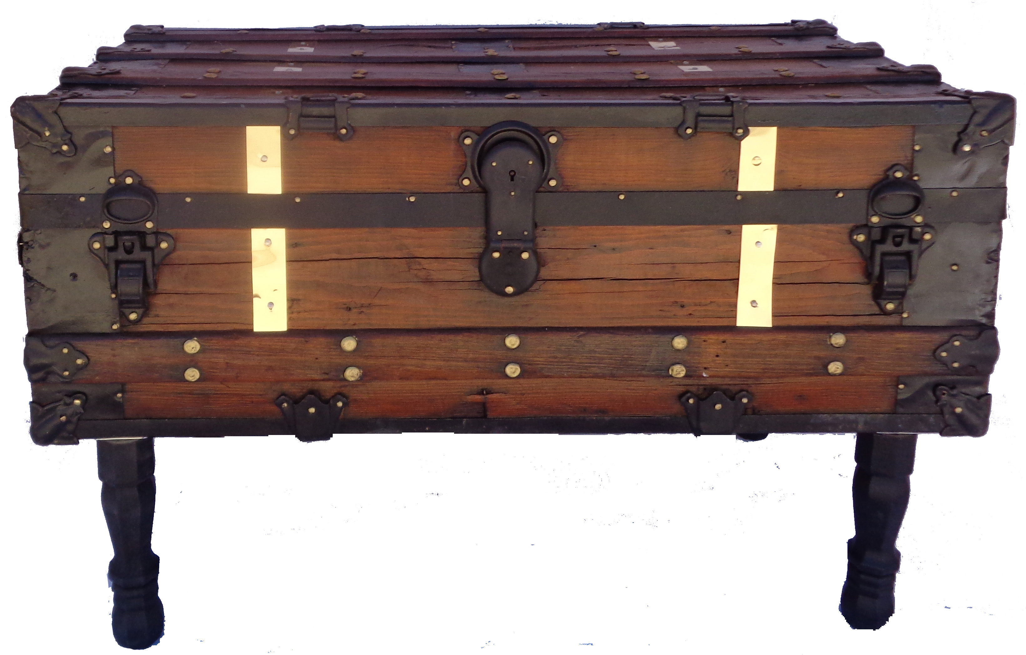 antique steamer trunk coffee table chairish. Black Bedroom Furniture Sets. Home Design Ideas