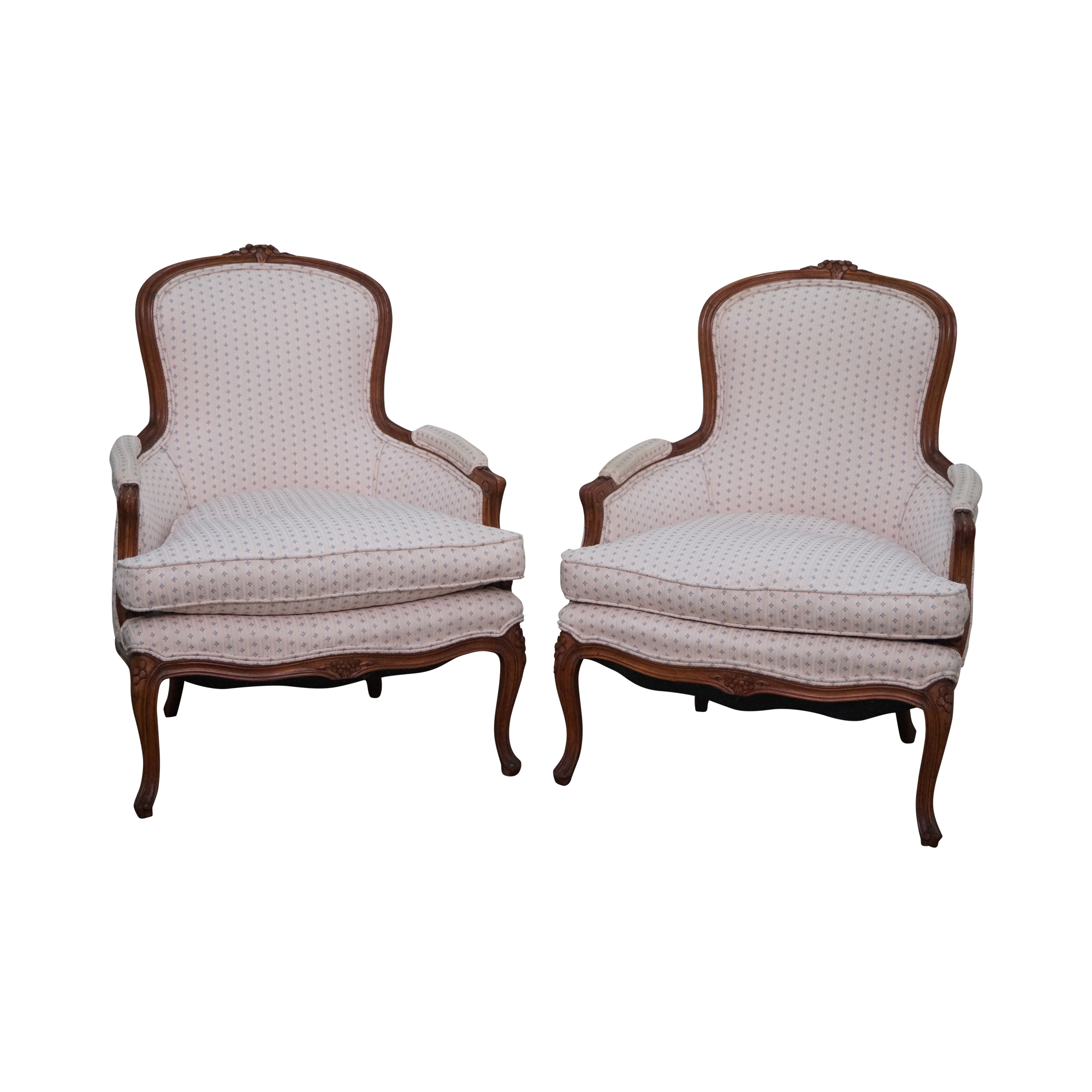 French louis xv style bergere chairs pair chairish for Table bergere