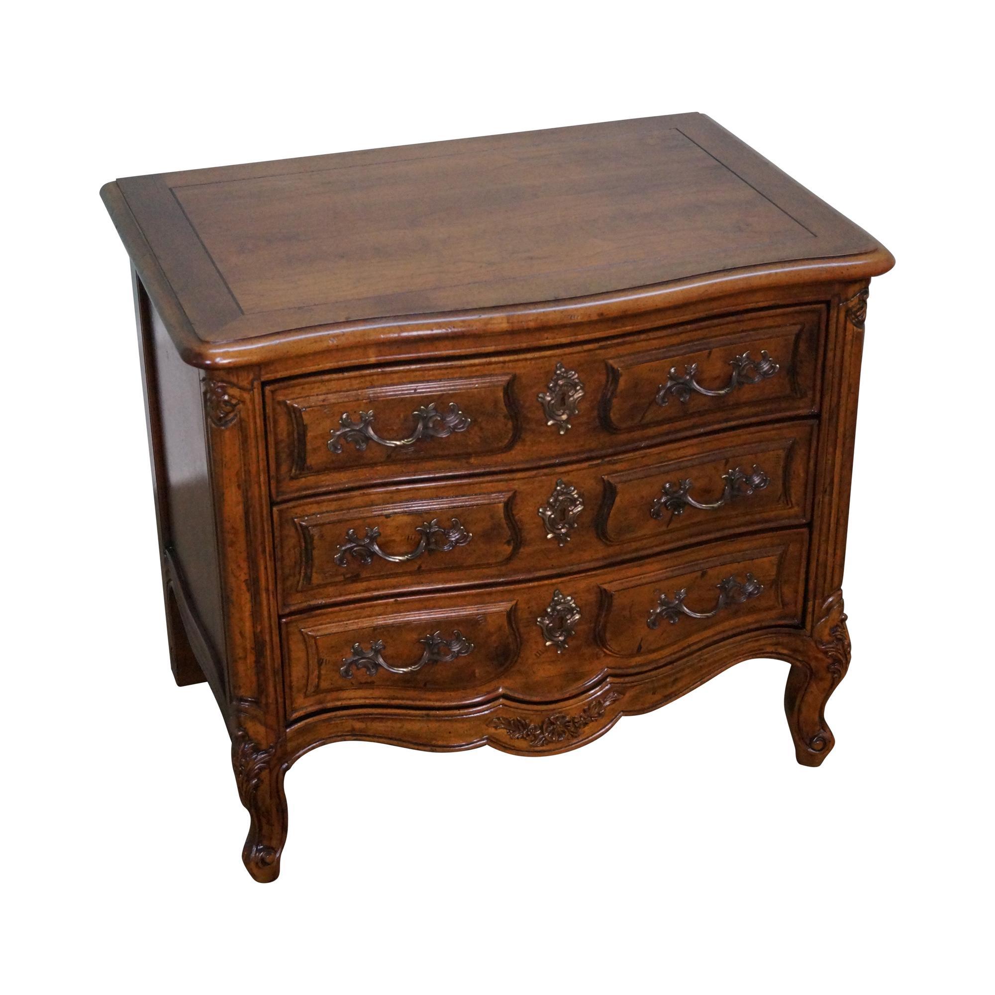 Henredon French Louis Xv Style Walnut Nightstand Chairish