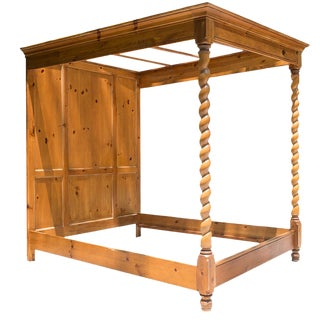 Pine Queen Sized Canopy Bed