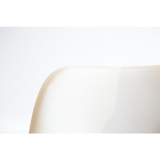 Saarinen Tulip Armless Chair by Knoll - Image 8 of 11