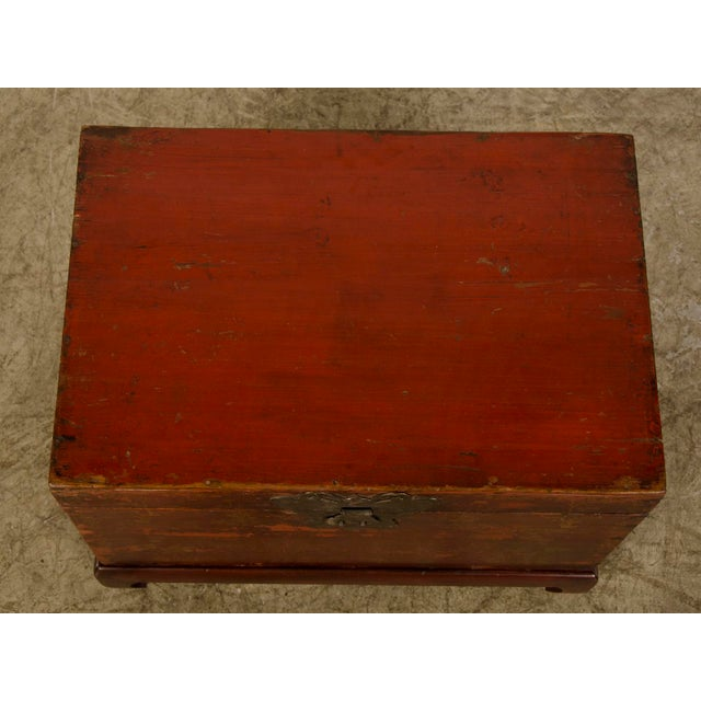 Red Lacquer Antique Chinese Trunk Kuang Hsu Period circa 1875 - Image 9 of 11