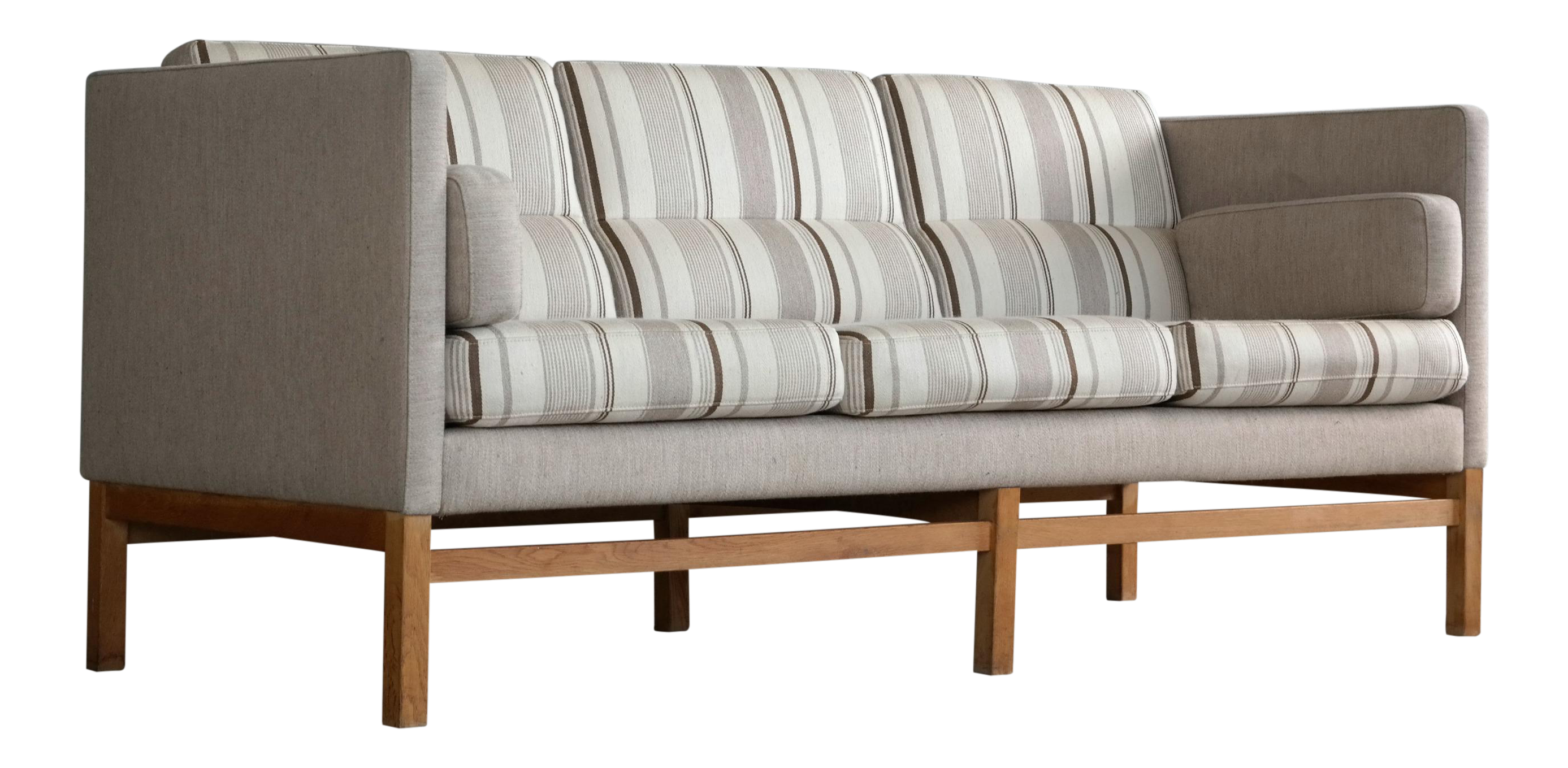 Mid Century Kaare Klint Style Sofa In Wool And Oak Attributed To Georg Thams