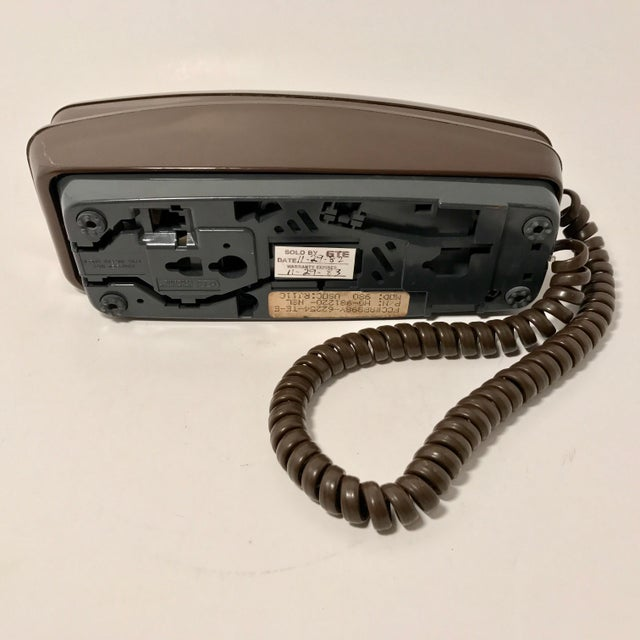 Retro Tabletop or Wall Mount Telephone - Image 6 of 7