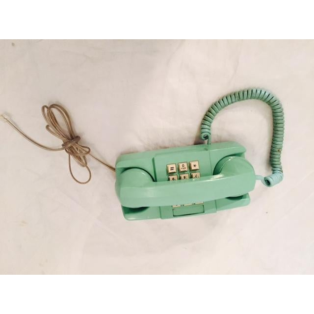 Light Teal 1975 GTE Starlite Push Button Phone - Image 5 of 6