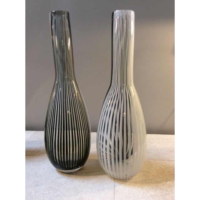 Black & White Murano Vases - A Pair - Image 4 of 4