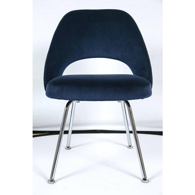 Saarinen Executive Armless Chairs in Navy Velvet, Set of Six - Image 2 of 7