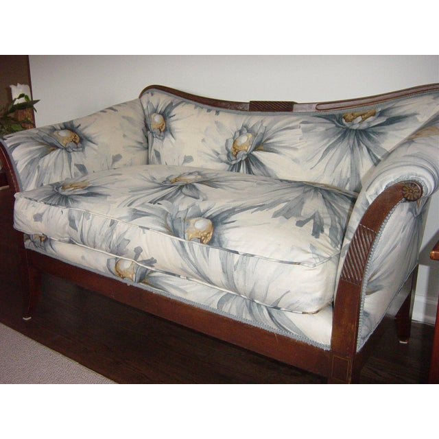 Traditional Settees with Floral Upholstery - A Pair - Image 7 of 10