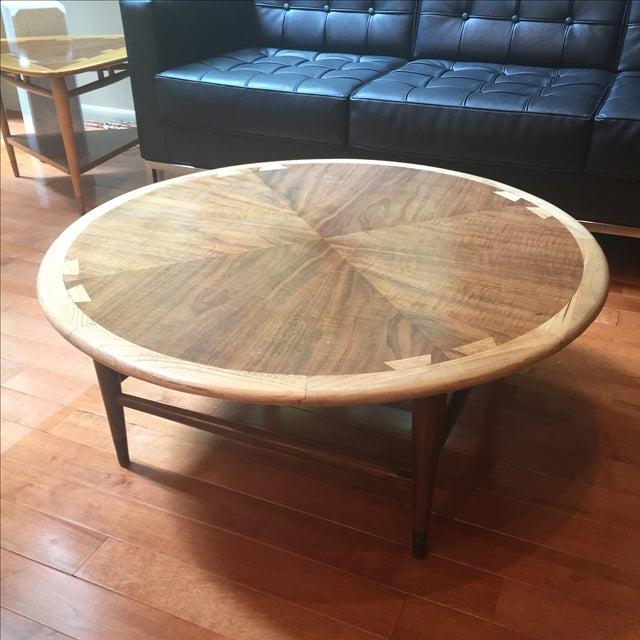 Lane Blonde Coffee Table: Lane Acclaim Round Coffee Table