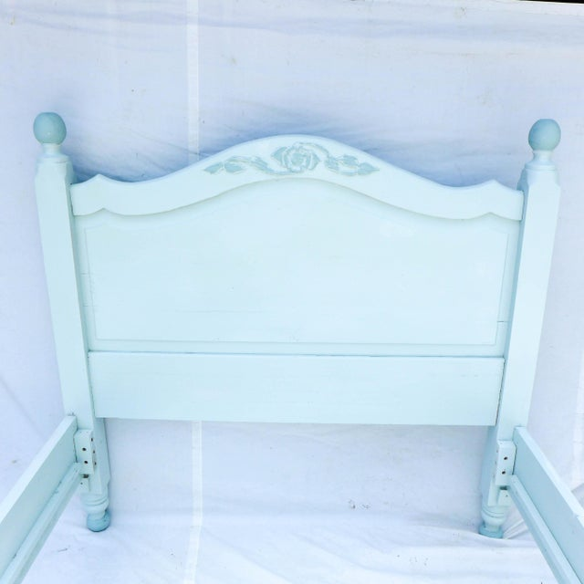 Wide Board Pine Painted Cottage Full Size Bedframe - Image 4 of 8