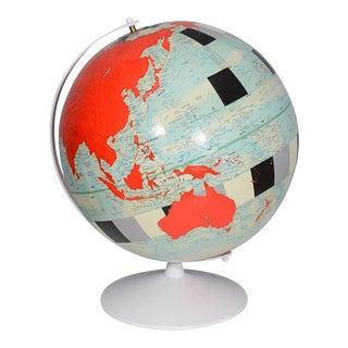 Dylan Egon Globe