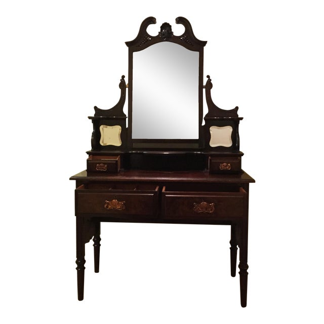 English Traditional Vanity Table - Image 1 of 10