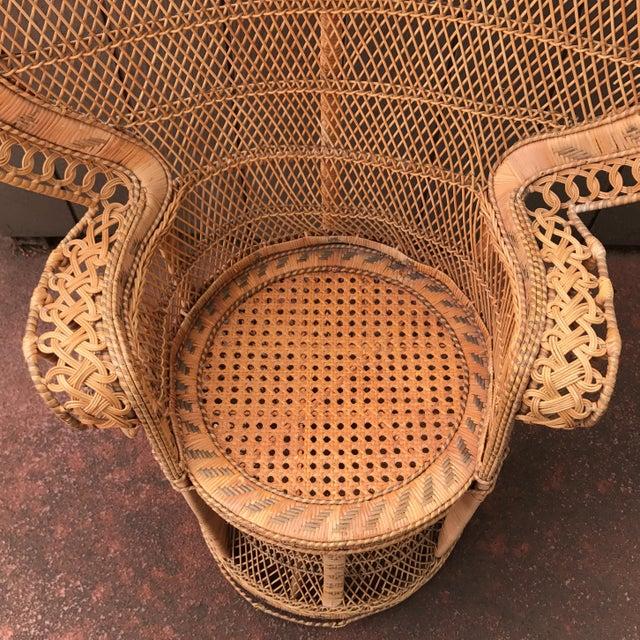 Vintage Wicker Peacock Fan Chair - Image 6 of 7