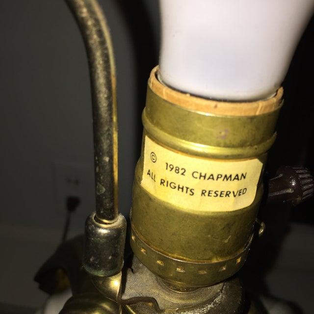 Dorothy Draper Style Chapman Brass Bow Swag Ceramic Lamp - Image 4 of 11