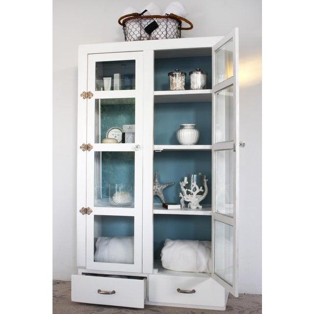 Vintage Primitive White Cottage Style Glass Door Cabinet / Cupboard - Image 6 of 6