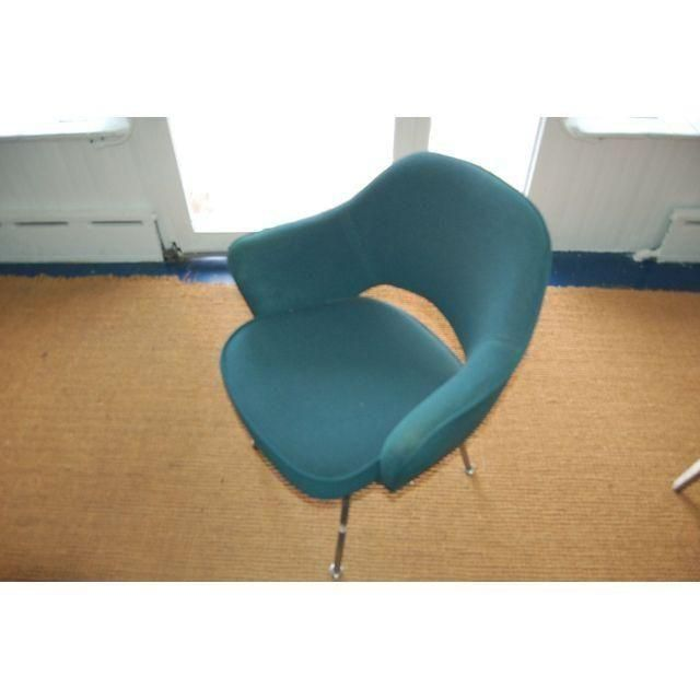 Image of Eero Saarinen Knoll Executive Armchair