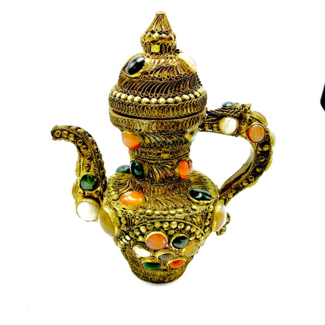 Antique 19th Century Tibetan Copper and Gold Filigree Flagon With Polished Agate Gemstones - Image 3 of 10