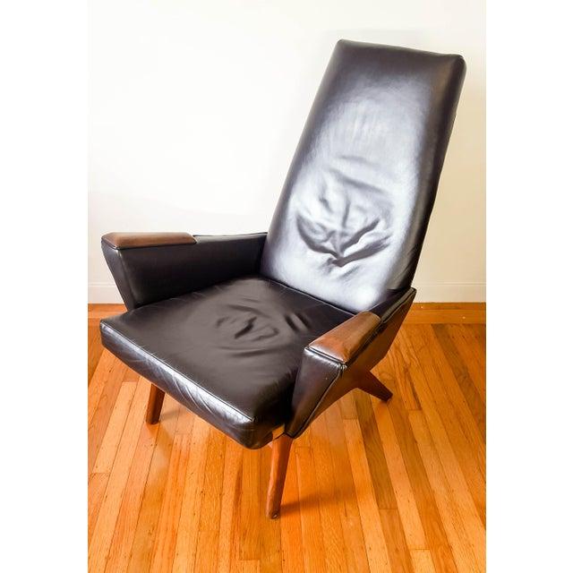 mid century modern high back walnut black leather lounge chair chairish. Black Bedroom Furniture Sets. Home Design Ideas