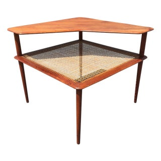 Minerva Seating Group 2-Tier Corner Table