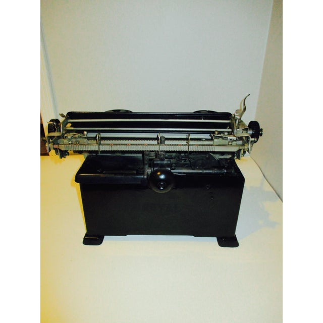 Vintage Royal Typewriter With Glass Side Panels - Image 4 of 11