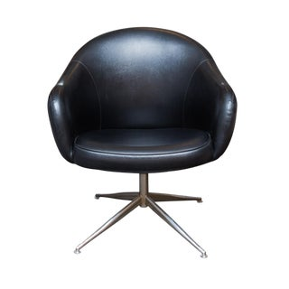 Baumritter Black Naugahyde Swivel Chair