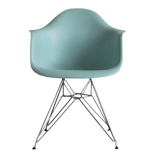 Eames Plastic Armshell Chair