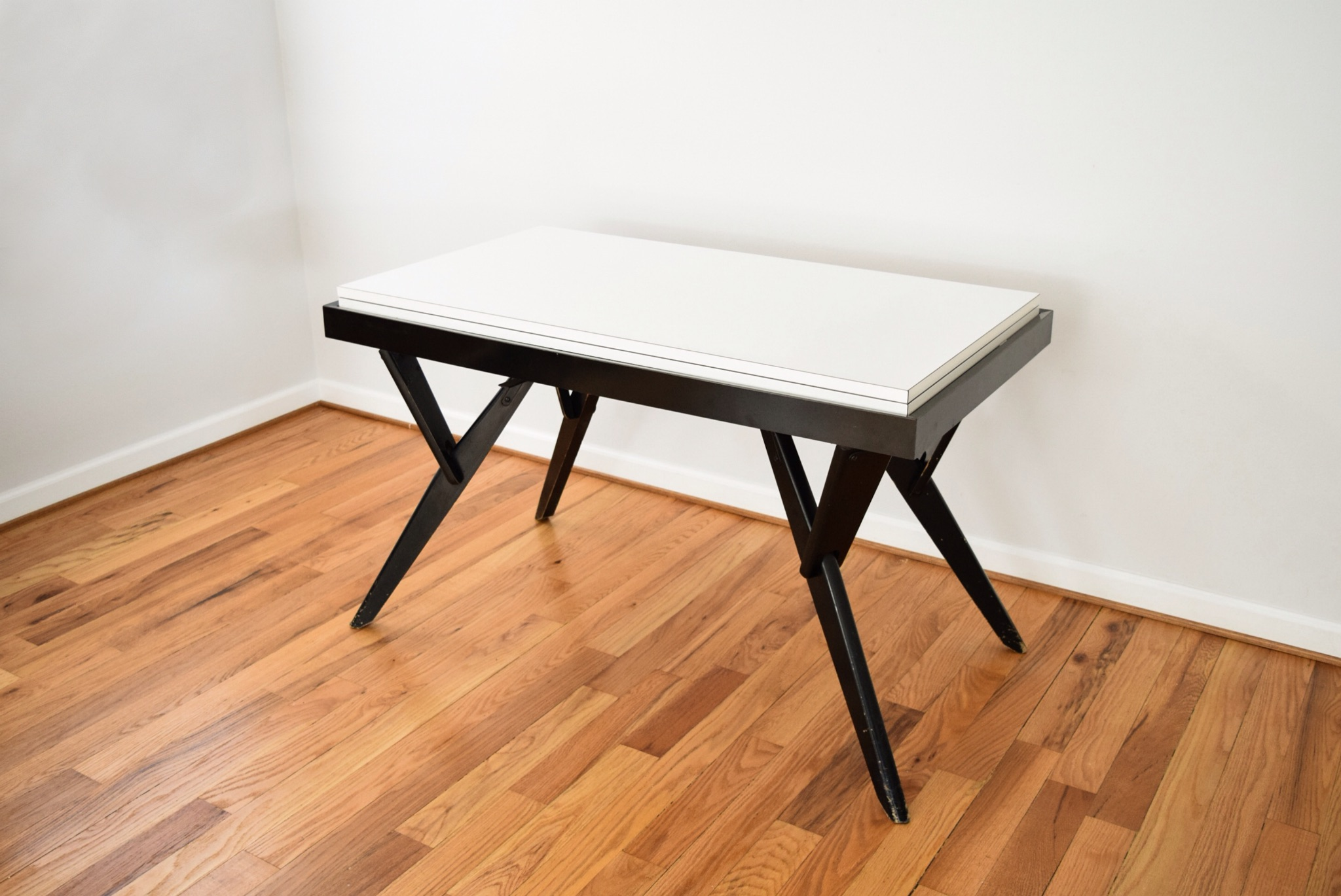 Mid Century Castro Convertible Coffee/Dining Table   Image 4 Of 8