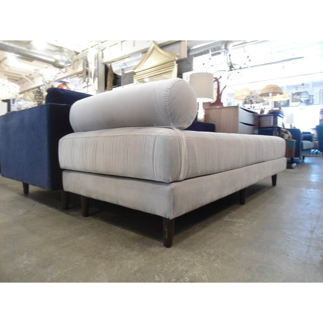Intuition Light Gray Tufted Velvet Daybed - Image 4 of 7