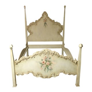 Plenty Horn's Camelot Collection Queen Bed