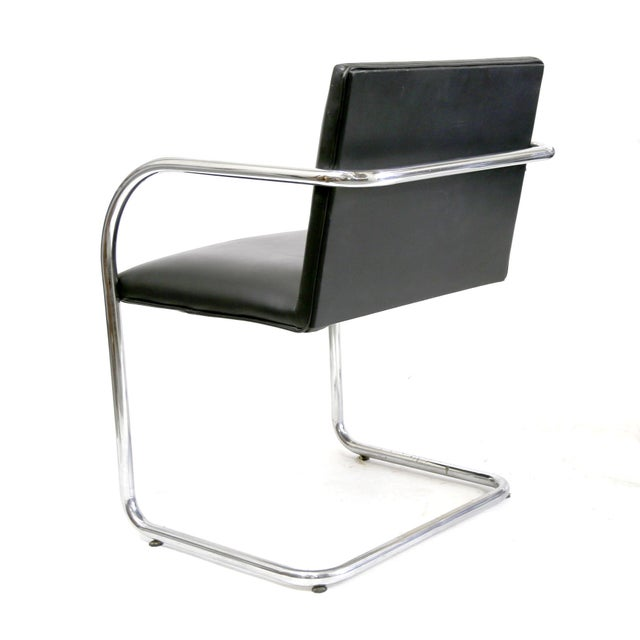 Replica bauhaus cantilever brno black leather chairs by for Bauhaus replica deutschland