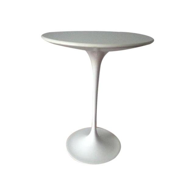 Image of Knoll Studio Eero Saarinen Tulip Side Table