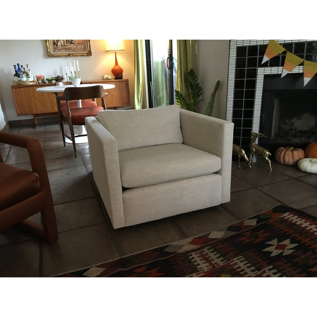 """Knoll Vintage """"Pfister"""" Club Chairs - A Pair - Image 5 of 10"""