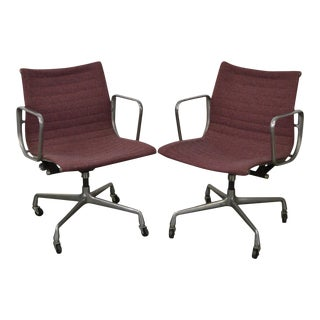 Herman Miller Eames Pair of Mid Century Modern Management Office Arm Chairs
