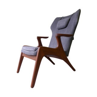 Mid-Century Modern Styled Lounge Chair
