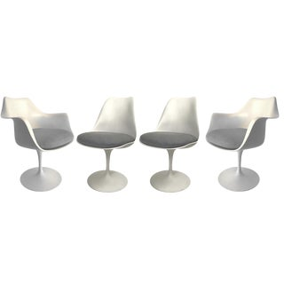 Set of Four Eero Saarinen for Knoll Tulip Armchairs and Side Chairs