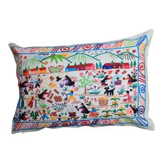 Tzin Tzun Tzan Vida De Campo Pillow Cover