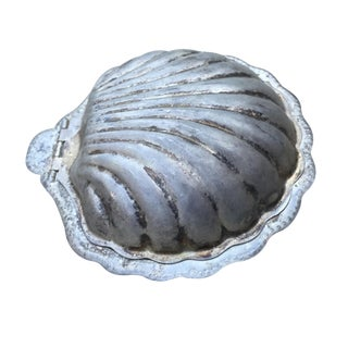 Vintage Clam Shell Box