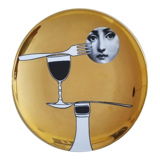 Fornasetti Gold Tema E Variazioni Plate, Number 136, the iconic image of Lina Cavalieri, Atelier Fornasetti.